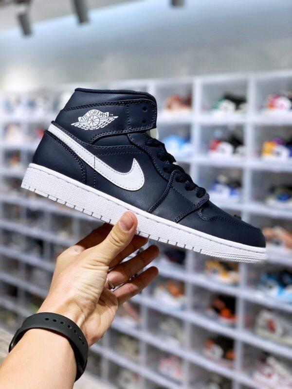 运动板鞋, 板鞋, Air Jordan 1 Mid, Air Jordan 1